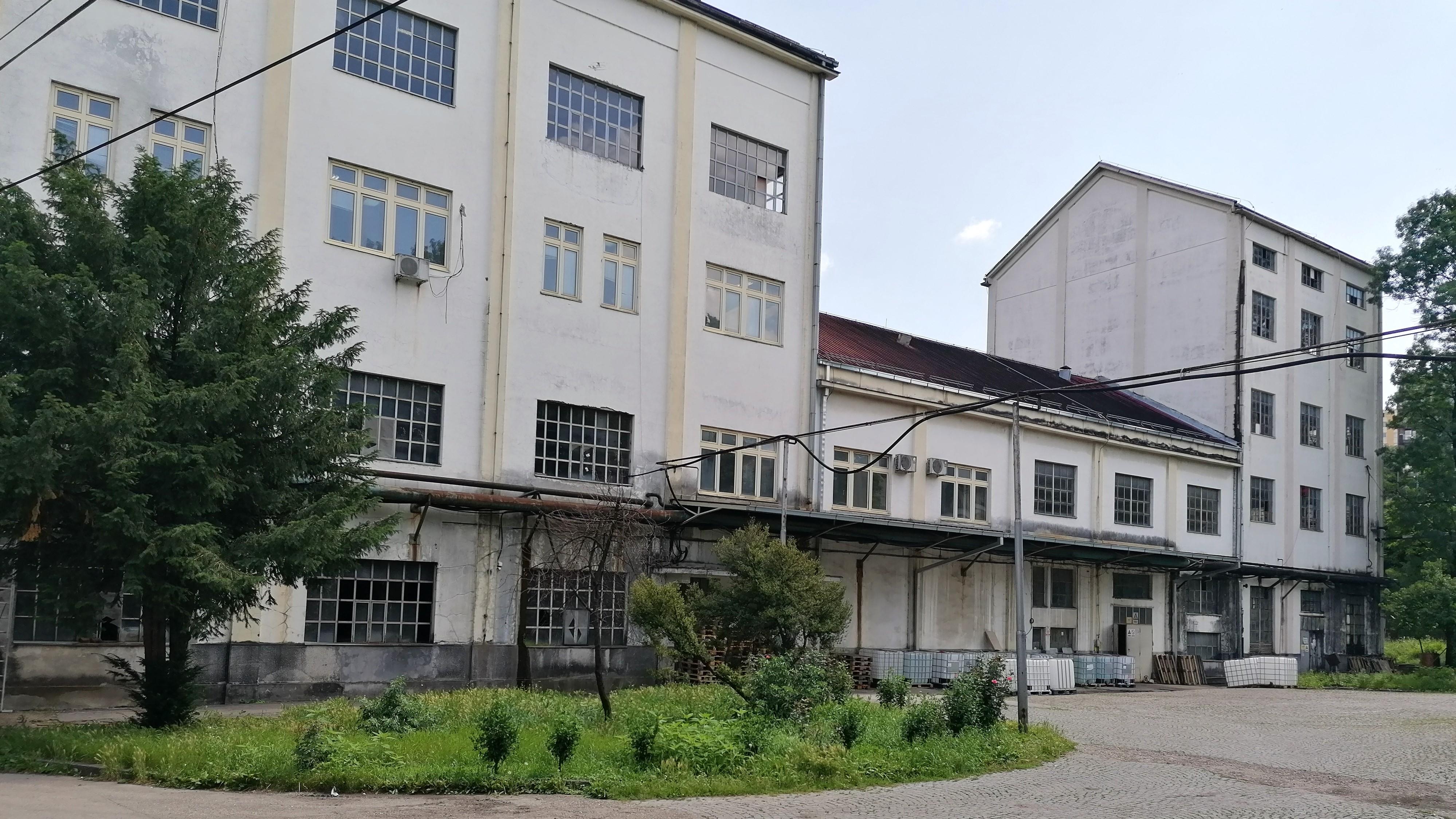fabrika-alkohola-spolja-pan-alko-sistem-bivsa-ada-vrenje